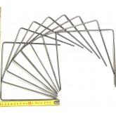 Metal staples 20 x 20 x 20 cm